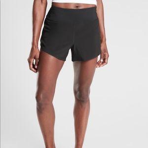 "NWT Athleta Run With It 3.5"" Short Black Small"